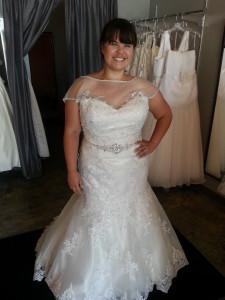 plus szie mermaid lace wedding dress