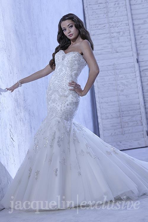 plus size tulle mermaid wedding dress with sequins and embroidery