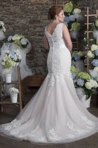 plus size trumpet wedding dress illusion neckline
