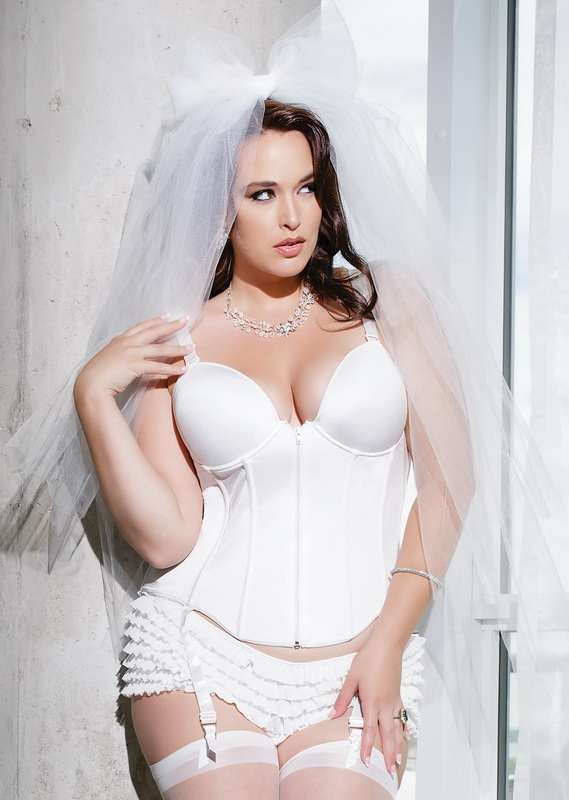 plus-size-magical-evening-sexy-bustier-64