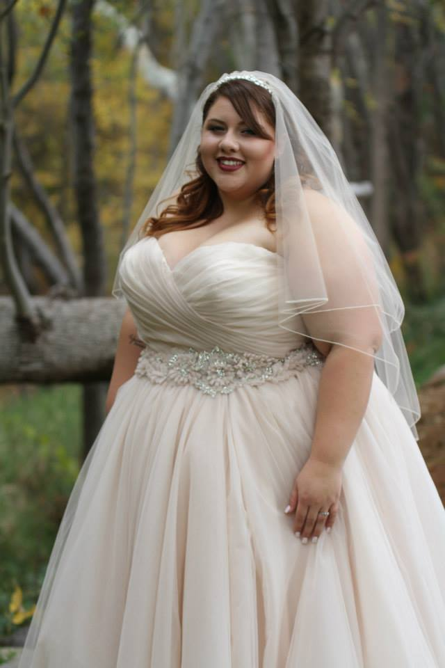 real plus size bride allure 2607
