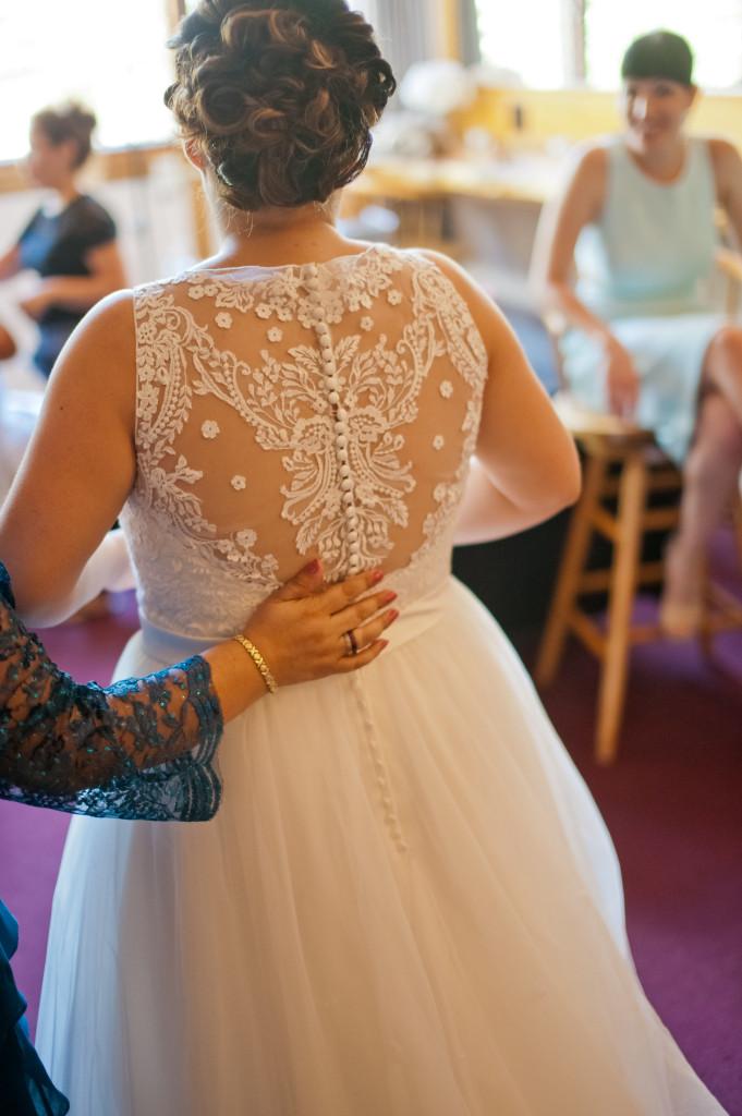 plus size lace back wedding dress