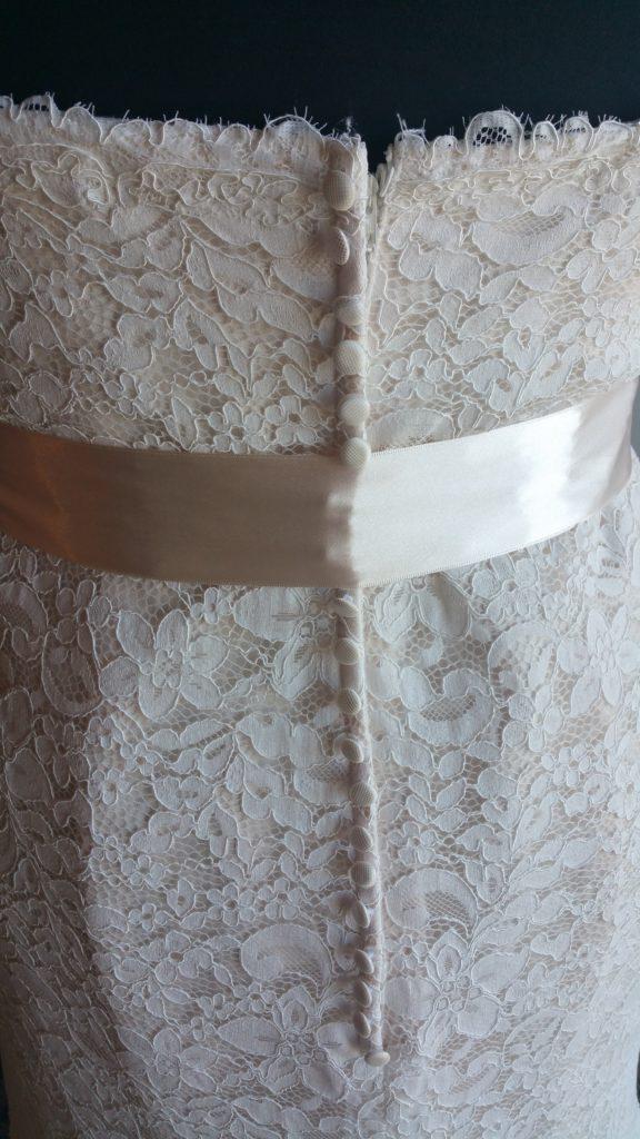 simple lace sheath 2