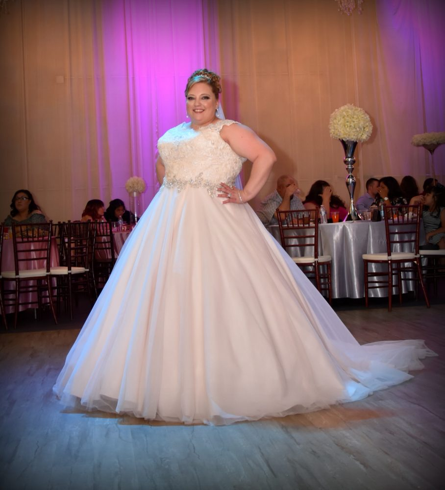 Gabby's Sophisticated and Romantic Wedding Dress