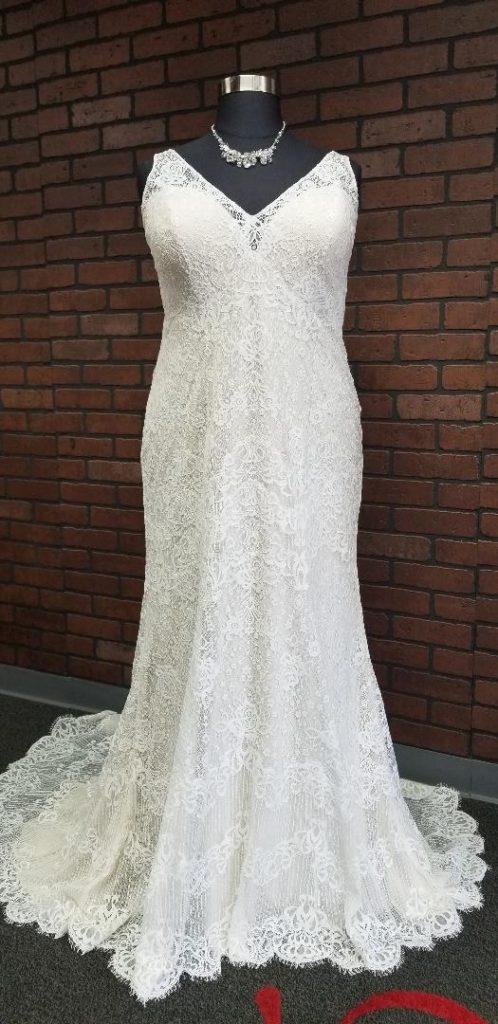 plus size lace wedding dress with straps Los Angeles, CA