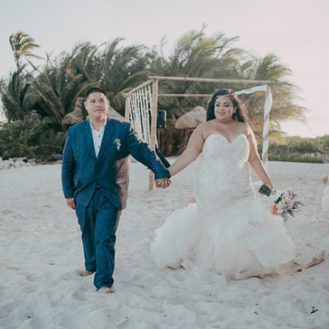 Annittsa's Dazzling Plus Size Mermaid Wedding Gown