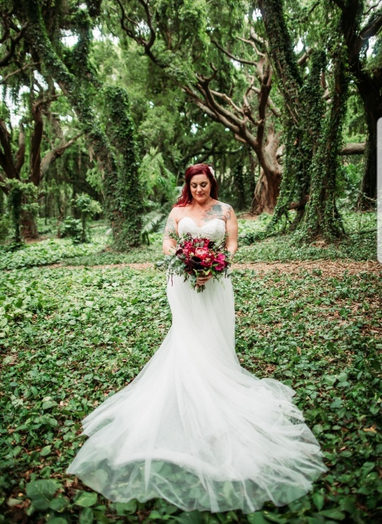 plus size bridal in Maui jungle