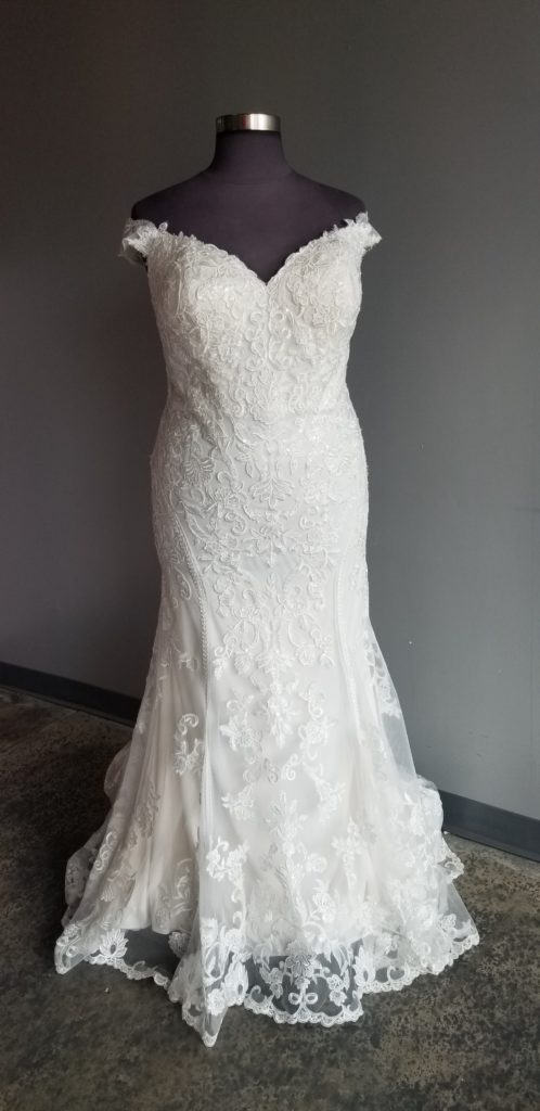 classic-off-the-shoulder-lace-sheath-wedding-dress